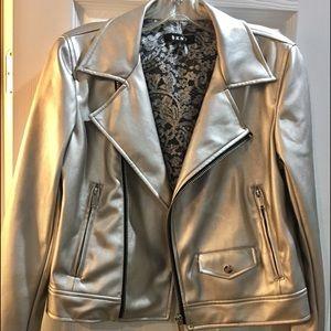DKNY Sliver jacket size S. New.